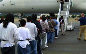 75-deportees5